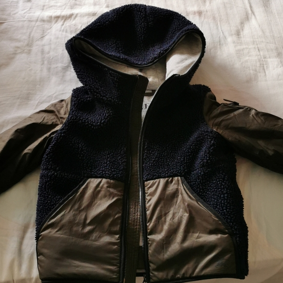 Burberry 3Y toddler puffer